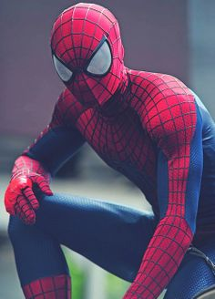 Amazing Spider-Man 2 on set photos: Spidey battles The Rhino on a . Marvel Comics, Marvel Comic Universe, Marvel Heroes, Marvel Avengers, Comics Universe, The Amazing Spiderman 2, Spiderman 1, Garfield Spiderman, Spiderman Drawing