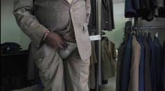 """Quênia: Homens usam """"cuecas"""" de aço para não perderem orgãos genitais http://angorussia.com/noticias/mundo/quenia-homens-usam-cuecas-de-aco-para-nao-perderem-orgaos-genitais/"""