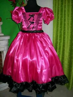 Girl Costumes, Silk Satin, Mayo, Formal Dresses, Halloween, Fashion, Princess Bride Costume, Costumes, Disney Dresses