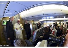 #PopeFrancis and Fr Lombardi address journalists en route to Kenya - Vatican Radio