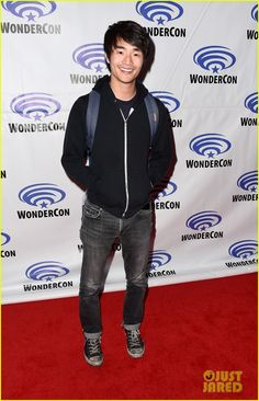 christopher larkin height