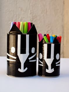 Use duct tape to revamp pen containers just in time for school to start!