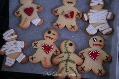 Voodoo Doll Cookies! Great for Halloween...