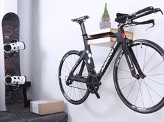 Wall-mounted Bicycle storage AMSTERDAM by Twonee