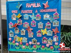 """Alunos da Ed. Infantil e 1º ANOS realizam a Mostra """"Resgatando Valores"""" World History Lessons, History Projects, Art Projects, All About Me Crafts, All About Me Activities, Toddler Crafts, Preschool Activities, History Classroom Decorations, Kindergarten Social Studies"""