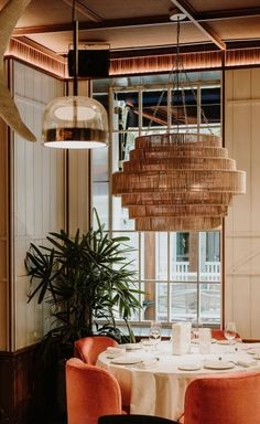 Lobito de Mar Restaurant in Madrid Channels the Malaga Coastline with Eclectic Finesse Cafe Interior, Interior Design, Berlin Apartment, Victorian Townhouse, Old Mansions, Wooden Textures, Roof Light, Malaga, Cladding