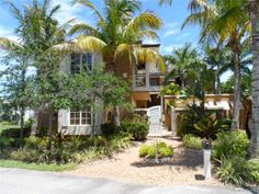 Visit the 9160 MARSH ISLAND DR property listing at RE/MAX. Find the price history, nearby amenities and more vital value facts