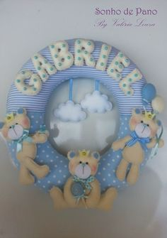 Baby Name Banners, Felt Name Banner, Felt Crafts, Diy And Crafts, Felt Wreath, Baby Mobile, Felt Baby, Felt Decorations, Felt Toys