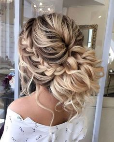 Uploaded by beyourself. Find images and videos about style, hair and blonde on We Heart It - the app to get lost in what you love.