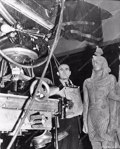 photo candid Harold Lloyd behind the scenes Professor Beware 670-30