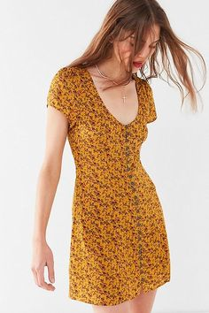 Shop UO Mindy Button-Front Mini Dress at Urban Outfitters today. We carry all the latest styles, colors and brands for you to choose from right here. Simple Dresses, Casual Dresses For Women, Casual Outfits, Short Sleeve Dresses, Summer Dresses, Clothes For Women, Urban Dresses, Dressed To Kill, Classy Dress