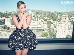 Lili Reinhart star of Riverdale and Hustlers meets GLAMOUR for her GLAMOUR UK cover shoot to discuss how her crippling teenage social anxiety still affects her and how she's overcome depression through therapy and poetry. Glamour Magazine Uk, Glamour Uk, Lili Reinhart And Cole Sprouse, Constance Wu, Interview, Betty Cooper, Female Actresses, American Actress, Dress To Impress