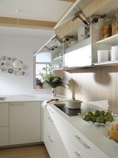 Muebles altos SANTOS #Cociart #cocinassantos #ariane2 #blancoyroble #cocinasenmadera #maderayblanco #diseñodecocinas #interiordesign #interiorismo Cocina Office, Interiores Design, Canopy, Designer, Architecture Design, Kitchen Cabinets, Table, Furniture, Fitted Kitchens
