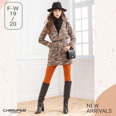 Αυτή η πλεκτή ζακέτα με χρυσή κλωστή και τσέπες θα γίνει η αγαπημένη σου! Συνδυάζεται εύκολα για εμφανίσεις παντός τύπου! Κωδικός: 52407 Iu Fashion, Editorial Fashion, Retro Fashion, Fashion Outfits, Fashion Clothes, Style Fashion, Parisian Style, Parisian Fashion, Bohemian Fashion