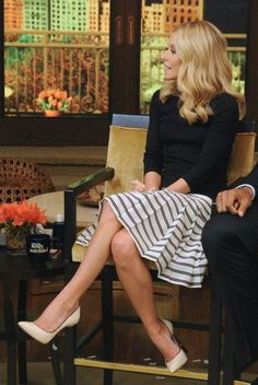 Kelly Ripa wearing  Casadei Blade contrast pumps Three Dots British Tee in Black  LIVE with Kelly and Michael May 14 2013