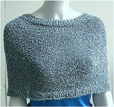 Ravelry: Easy Lacey Capelet pattern by Marie-Christine Mahe Beginner Knitting Patterns, Easy Knitting, Knit Patterns, Knitting Ideas, Knitting Projects, Capelet Knitting Pattern, Knitted Capelet, How To Purl Knit, Knitting Accessories