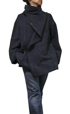 ChomThong mano tejido algodón 100%  Color: Gris  ---Tamaño S---  Pecho: 118cm Longitud: 64cm Hombro: 60cm Manga: 50cm  ---Tamaño M---  Pecho: 135cm Longitud: 72cm Hombro: 65cm Manga: 55cm  ---Tamaño L---  Pecho: 145cm Longitud: 85cm Hombro: 70cm Manga: 60cm   Forro de algodón fino y suave  (para su referencia, el modelo femenino es de 158cm de altura. Ella lleva una talla S en la foto.)  CF. https://www.etsy.com/listing/205628440/chomthong-hand-woven-cotton-loose-cloa...