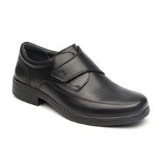 Nueva línea semi vestir compuesta por tres estilos de mocasín, choclo y zapato con velcro, confecionados en pieles suaves con brillo natural y fáciles de mantener. confeccionada 100% en piel.