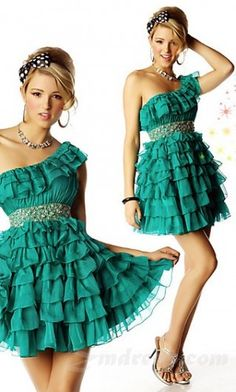 Cute prom dress, maybe a little longer though