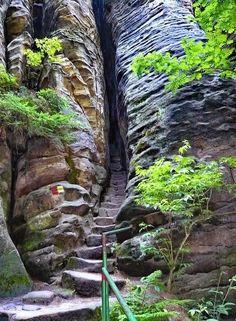 The secret entrance to Mordor :) - Prachov Rocks / Czech Republic (by jidhash).