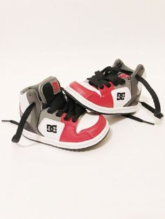 2f6138056e1 Very slightly used pair of DC spark highs red black and white toddler size  6 (us) Minimal if any wear and tear.