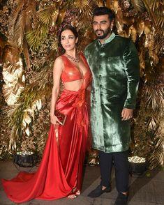 B-Town new couple is slaying at Arman Jain's bash. Indian Bollywood Actress, Indian Actress Hot Pics, Bollywood Girls, Bollywood Fashion, Beautiful Girl Indian, Most Beautiful Indian Actress, Indian Celebrities, Bollywood Celebrities, Kiara Advani Hot