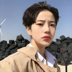 Find images and videos about cute, korean and handsome on We Heart It - the app to get lost in what you love. Korean Boys Ulzzang, Cute Korean Boys, Asian Cute, Ulzzang Boy, Asian Boys, Korean Men, Beautiful Boys, Pretty Boys, Cute Boys