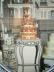 Love this Parisian store window!!