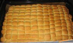 Viz postup :o). Eastern European Recipes, European Cuisine, Czech Recipes, Hot Dog Buns, Cooking Tips, Cheesecake, Deserts, Dessert Recipes, Yummy Food