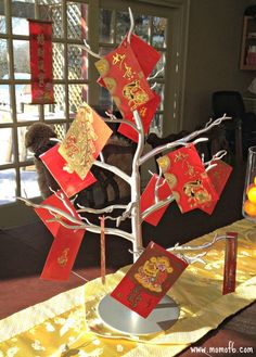 10 Great Ideas for Chinese New Year Decorations! {With Free Printables} - MomOf6