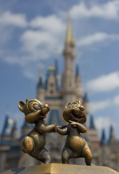 As you walk around the walkway of the Partners statue at Walt Disney World there are several little statues of Disney characters. This is a great shot of the Chip and Dale statue. Hub Details; Nick Barese
