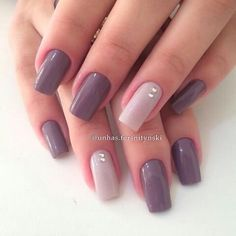 Simples e elegante unhas perfeitas, francesinha, unhas elegantes, unhas decoradas delicadas, unhas Love Nails, Pink Nails, How To Do Nails, Pretty Nails, My Nails, Shellac Nails Fall, Purple Manicure, Nagellack Design, New Nail Art