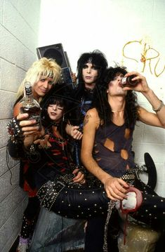 Listen to music from Mötley Crüe like Kickstart My Heart, Dr. Find the latest tracks, albums, and images from Mötley Crüe. 80s Hair Metal, Hair Metal Bands, 80s Hair Bands, Girls Girls Girls, Glam Metal, Tommy Lee, 80s Rock Bands, Cool Bands, Nikki Sixx