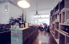 Smaakatelier Zoet & Zout   ---      Delicatessen | Ontbijt & Lunch to go | Italiaanse chocolade | Espresso | Interieur | Vintage, Design & Kunst         ---                Pannekoekstraat 93A (Maho-Kwartier), 3011 LD Rotterdam, NL