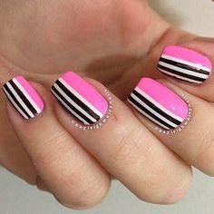 uñas acrilicas rosa Natural Nail Designs, Short Nail Designs, Colorful Nail Designs, Nail Art Designs, Chic Nails, Fun Nails, Pretty Nails, Matte Stiletto Nails, Pink Acrylic Nails