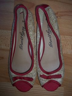 MARKS & SPENCERS PRETTY PUMPS WEAVE BALLERINAS SIZE 8 - WORN ONCE ONLY! #MarksandSpencer #Ballerinas #Casual