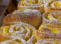 Krumplis csiga | Gasztroangyal Hungarian Recipes, Croissant, Apple Pie, Bakery, Muffin, Food And Drink, Cooking Recipes, Bread, Desserts