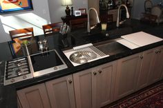 The Galley Sink with induction & gas cooktops right beside it. Prep foods and cook without taking any steps!!