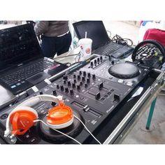 ARRIENDO JUEGOS INFLABLES DJ AMPLIFICACION ILUMINACION en partyfrazlimitada