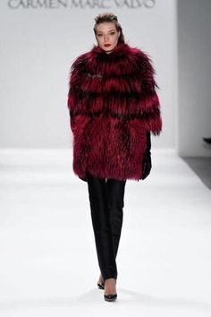Hot list: Chic fall coats, Japanese styles at the Peabody Essex, and more.