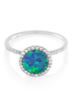 20 gorgeous opal engagement rings that are sure to stun: