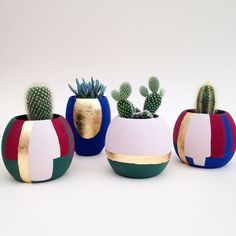 We love the vibrancy and extremely matt finish of our hand paint plant pots. We love the vibrancy and extremely matt finish of our hand paint plant pots. Painted Plant Pots, Painted Flower Pots, Pottery Painting Designs, Flower Pot Crafts, Decoration Plante, House Plants Decor, Concrete Crafts, Bottle Crafts, Diy Flowers