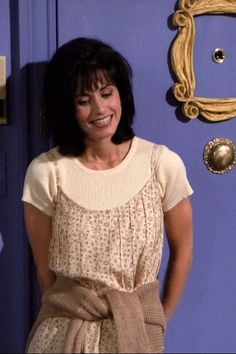 roupa Monica Geller era la que ms estilo tena de Friends Outfits 90s, 90s Inspired Outfits, 90s Outfit, Friend Outfits, Grunge Outfits, Cute Outfits, Fashion Outfits, Movie Outfits, Neo Grunge