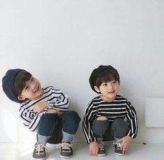 BTS Preferences And Imagines - Kids you two go on to have Black Baby Boys, Twin Baby Boys, Cute Baby Boy, Twin Babies, Cute Kids, Baby Kids, Twins, Cute Asian Babies, Korean Babies