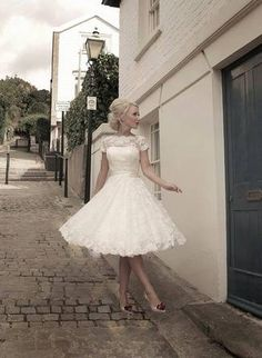 Short Wedding Dresses and Gowns 02 (1)