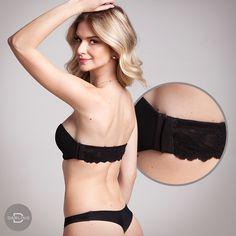 O top Lace com fecho lateral fica lindo quando você quer que apareça só o detalhe da renda nas costas! 🖤