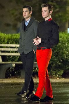 Kurt and Blaine Talk in the Park at Night During Glee Season 4 in New York City on August 12, 2012