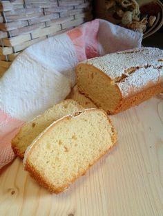 Plumcake con farina di riso, morbido, buonissimo e profumato al limone!