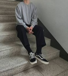 casual mens fashion which look great Boy Fashion, Korean Fashion, Mens Fashion, Fashion Outfits, Fashion Shoes, Men Street, Street Wear, Mode Man, Style Masculin