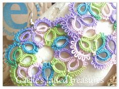 Hand tatted earrings 'Lavender' Frees by gaestattedtreasures
